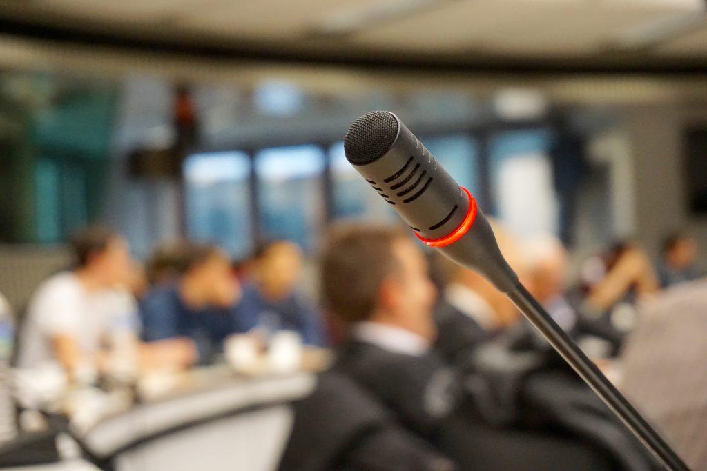 Konferenztechnik und Dolmetscheranlagen für Events, MEDER CommTech GmbH